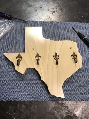 Wood work for Sale in Dallas, TX