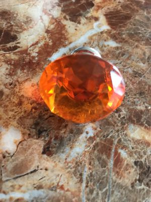 7 AMBER/ORANGISH 30mm DIAMOND SHAPED CRYSTAL GLASS PULL KNOBS for Sale in Atlanta, GA