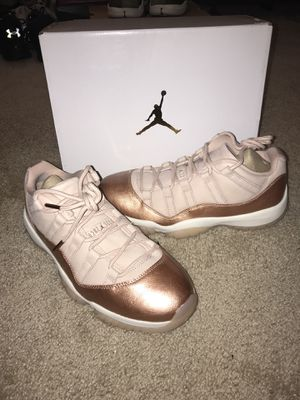 Air Jordan 11 rose gold for Sale in Reisterstown, MD
