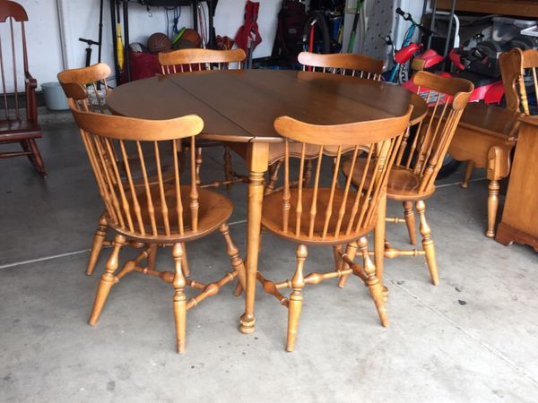 Walter Of Wabash Maple Wood Table