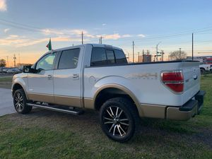 Photo 2016 Ford F150 4x4 Ecoboost LIFTED 3490$ Down Payment