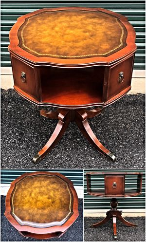 Duncan Phyfe Style Drum End Table for Sale in Ellicott City, MD