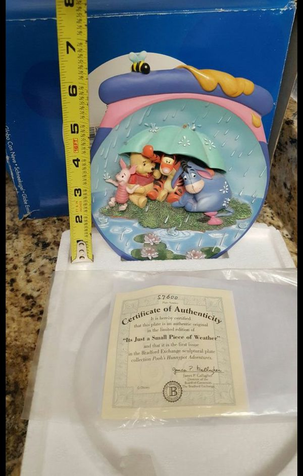 WINNIE THE POOH BRADFORD EXCHANGE COLLECTORS PLATE for Sale in Sacramento,  CA - OfferUp