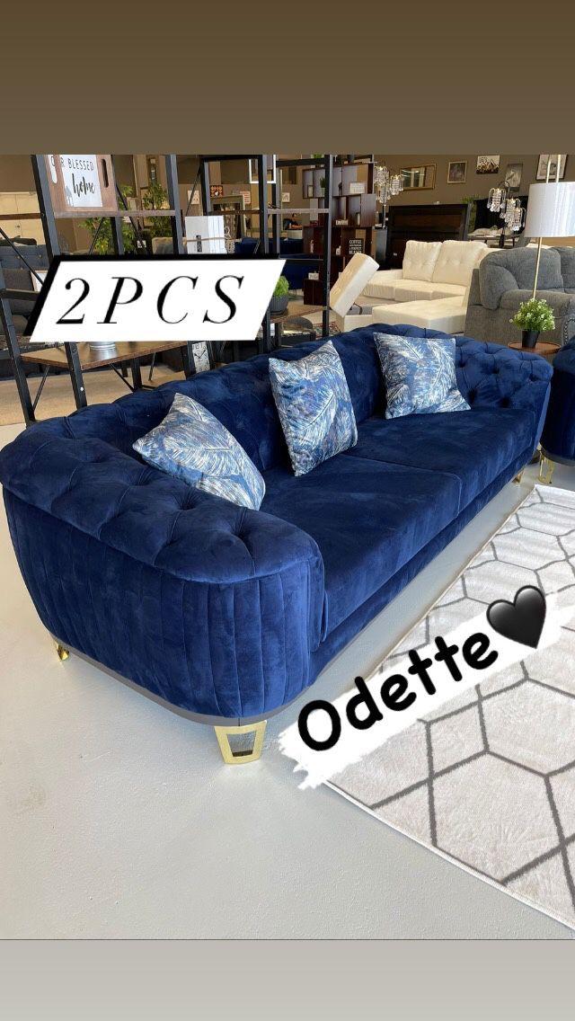 Blue velvet sofa and loveseat 💫Livingroom set 💙only $39 down🚛🚛by Odette
