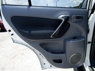 2002 Toyota RAV4 Thumbnail