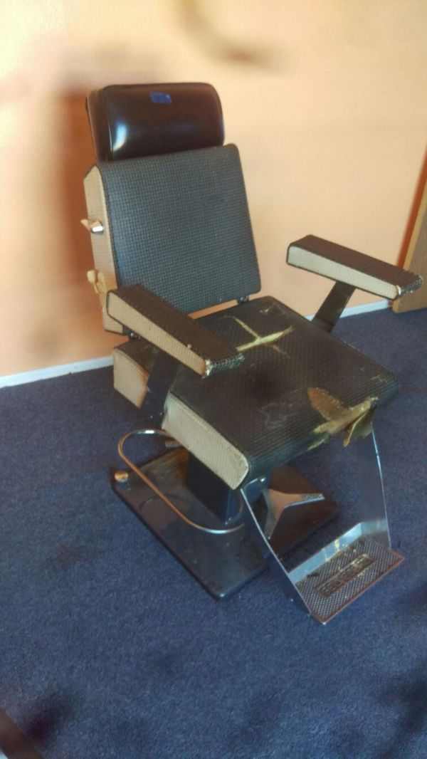 - Vintage 1950s Belvedere Barber Chair For Sale In Yelm, WA - OfferUp