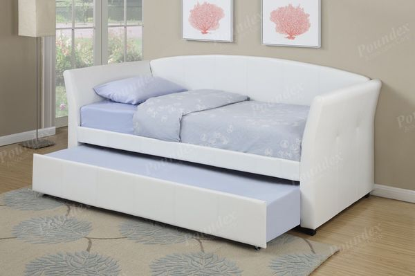 Day Bed Twin Twin Mattresses Not Included Free Local