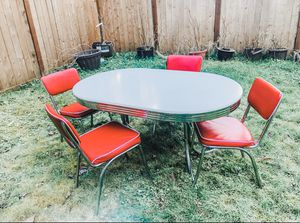 Photo 1950s retro style red and white and chrome dining set