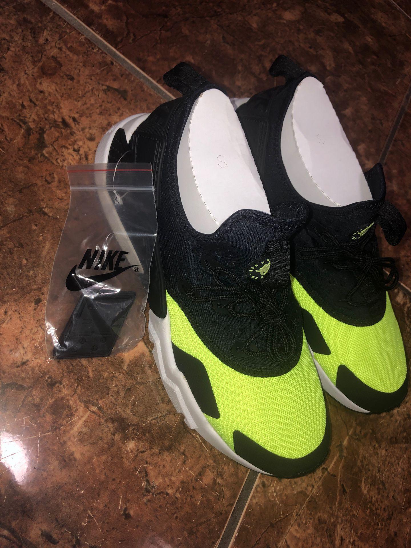 Nike sir Huarache Drift