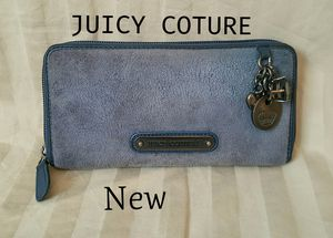 New JUICY COTURE Velour & Leather Long Wallet for Sale in Spanaway, WA