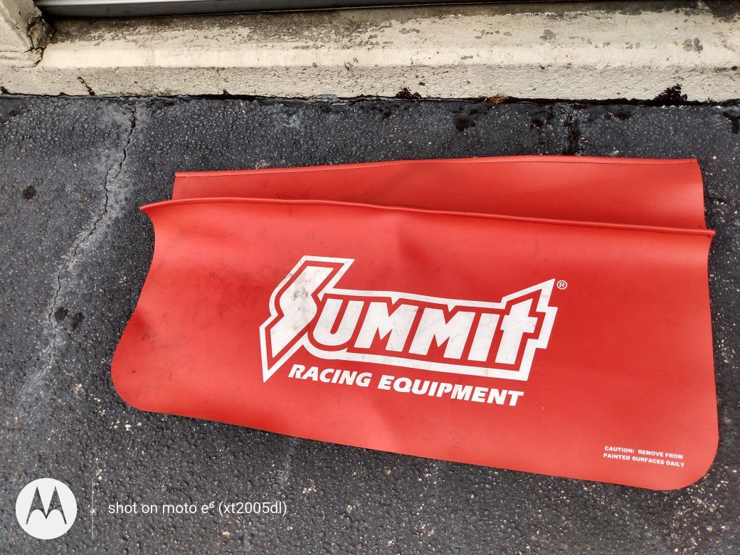 Mechanic automotive protector cover