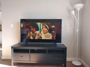 TCL 55 inch 4k Roku tv for Sale in Bellevue, WA