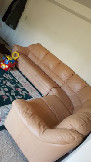Leather sectional for Sale in Manassas, VA