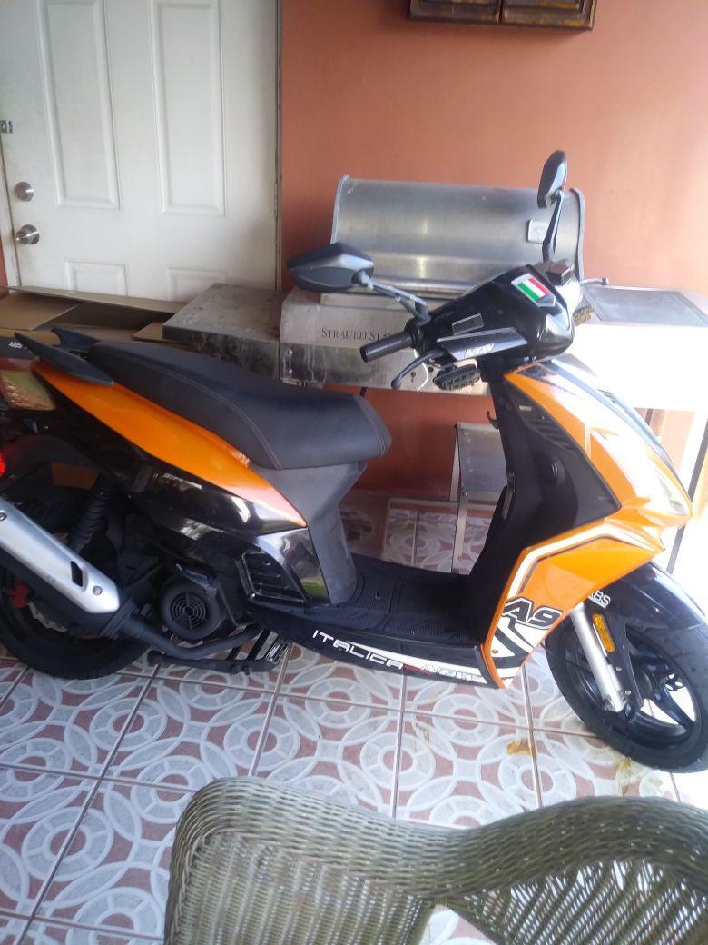 Moto 125 cc Titulo en mano. En perfectas condiciones.