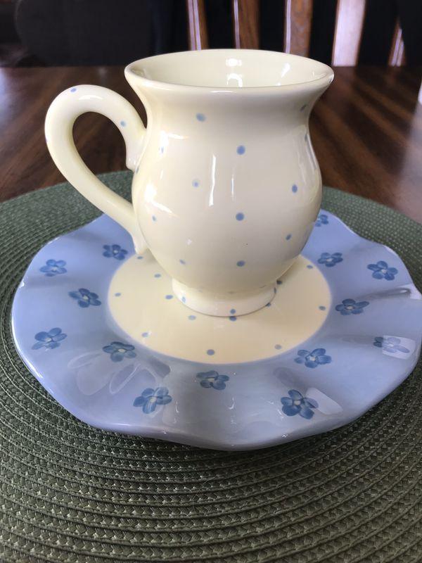 Mesa International Blue & Yellow Polka Dot Mug & Dessert Plate for Sale in  Wallingford, CT - OfferUp