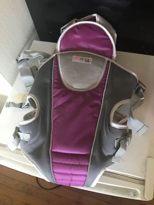 Baby carrier for up to 25 lbs for Sale in Alexandria, VA