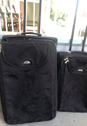 Two Nice Suite Cases for Sale in Columbus, OH