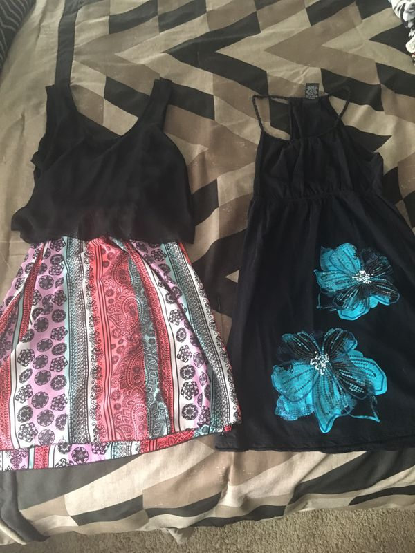 Dresses Size Small 8 Each For Sale In Suffolk Va