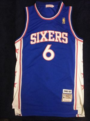 Dr. J. Julius Erving Philadelphia 76ers Sixers Jersey XL #6 for Sale in Atlanta, GA