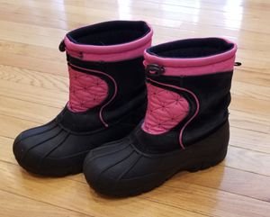 Girl's Winter Boots for Sale in Bunker Hill, WV