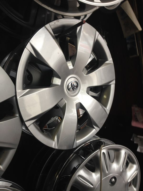 2007 2010 Toyota Camry Hubcap