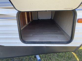 27.7 ft coleman double bunk trailer trailer Thumbnail