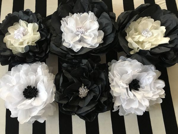 Black And White Tissue Paper Flowers Decor For Sale In San Diego Ca Offerup