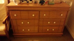 Dresser for Sale in Arlington, VA