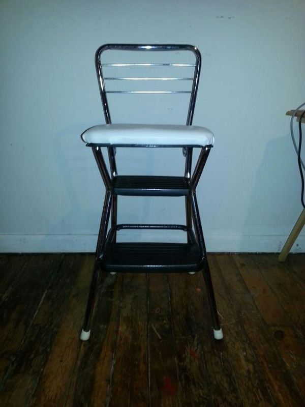 Strange Refurbished 1960S Vintage Cosco Chair Step Stool For Sale In Dallas Pa Offerup Creativecarmelina Interior Chair Design Creativecarmelinacom