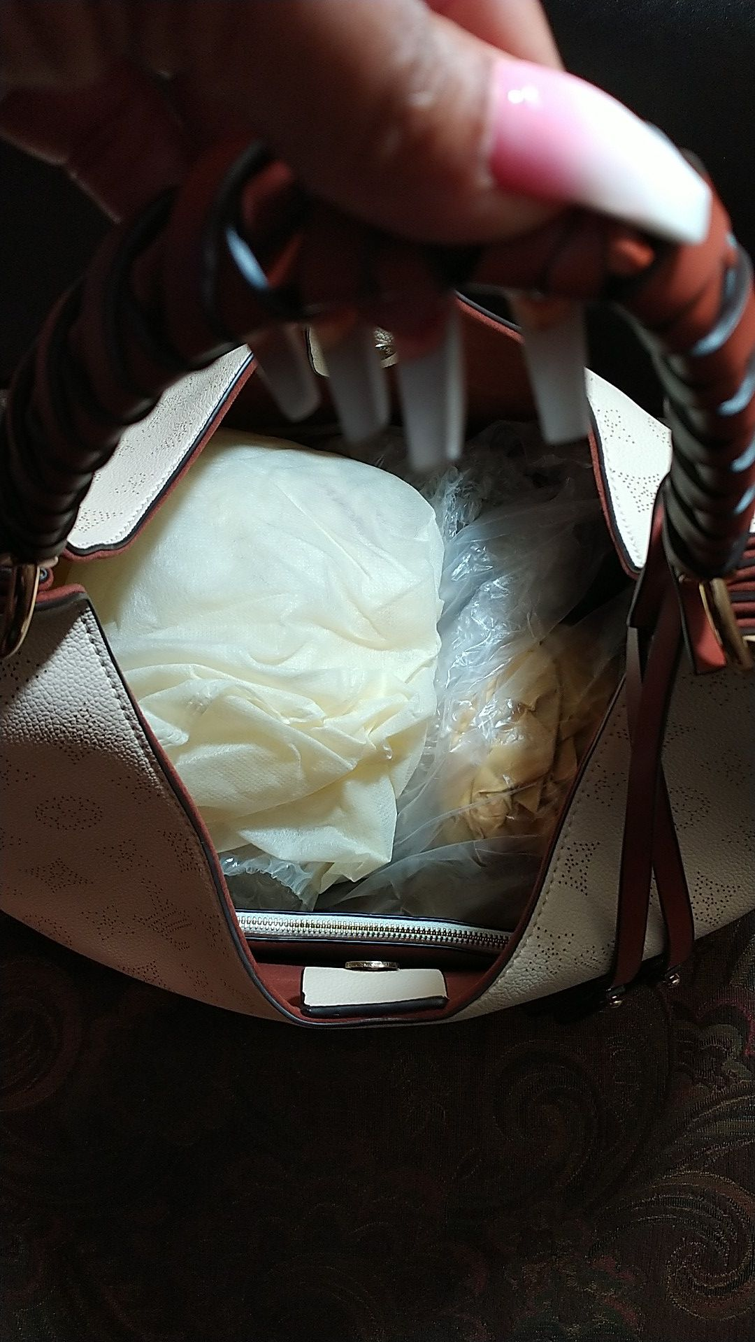 C😍A🤩R😍M😍E🤩L large purse beautiful 😍🤩😍