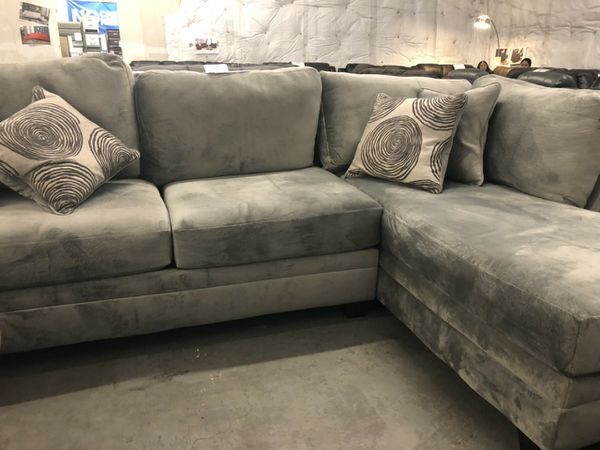 Soft and comfy sectional sofa big size brand new for Sale in San ...