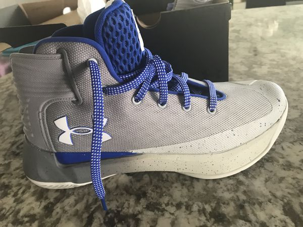 cb76bbdf971 Under Armour Steph Curry Boys 3zero Basketball Shoes for Sale in ...