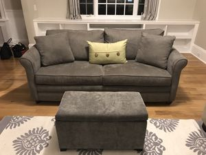 Klaussner queen sleeper sofa with air mattress for Sale in Norwood, MA