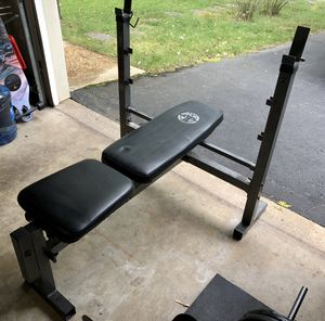 Workout Bench and 6ft Bar for Sale in Fairfax, VA