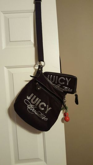 Juicy Coutoure bag and wallet for Sale in Inwood, WV