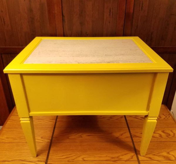 Marble Top Vintage End Table Shabby Chic Mustard Yellow For In Council Bluffs Ia Offerup
