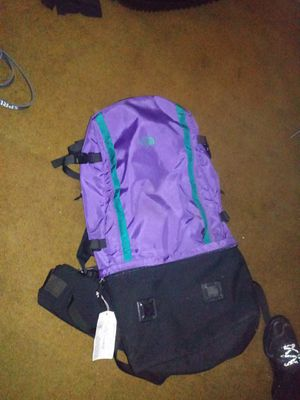 Hiking bag, NORTH FACE PRACTILY BRAND NEW ONLY USED IT TWICE for Sale in Springfield, OR
