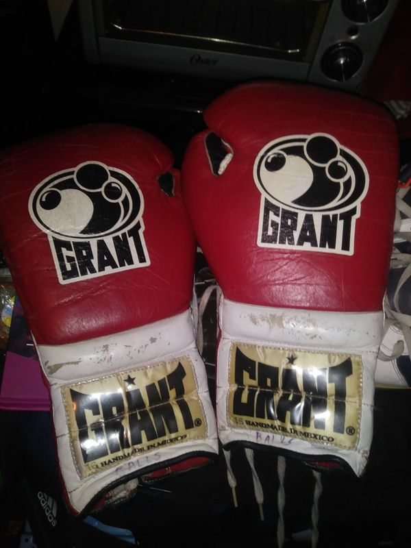 Vintage Grant boxing gloves for Sale in New York, NY - OfferUp
