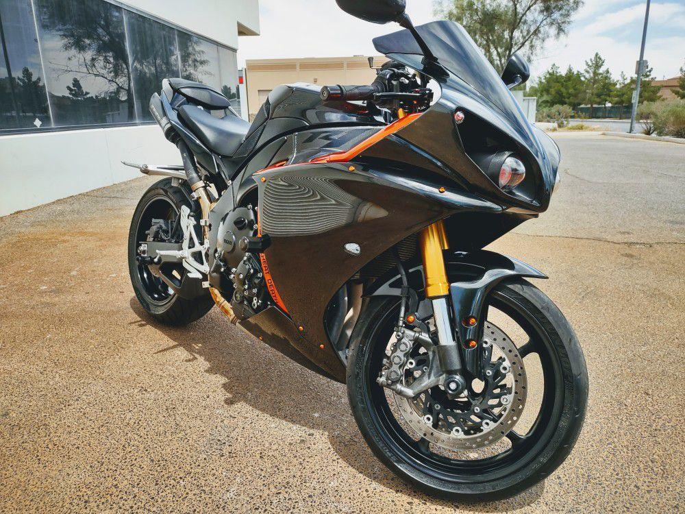 Photo 2009 Yamaha YZF R1