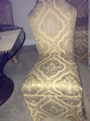 4 chairs for Sale in Tampa, FL