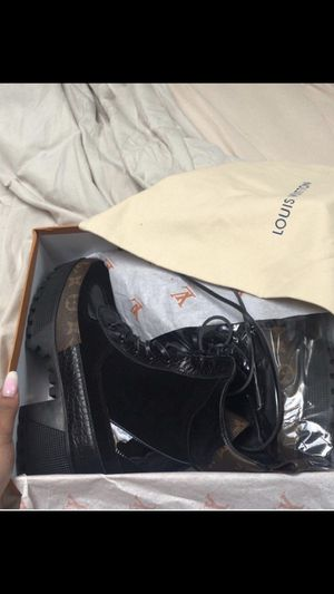 65380bb2c38 New and Used Louis vuitton for Sale in New York, NY - OfferUp