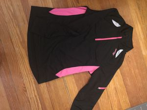 Long Sleeved Women's Saucony Running Shell (Small) for Sale in Denver, CO