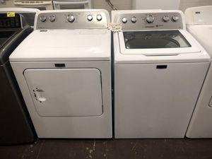 Photo Maytag washer dryer set