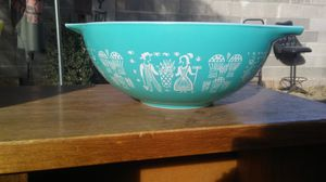 Vintage Turqouise Amish Pattern Ovenware Mixing Bowl for Sale in North Las Vegas, NV