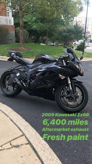 Super clean 09 Kawasaki Zx6R for Sale in Arlington, VA