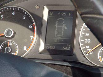 2012 Volkswagen Eos Thumbnail