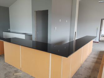 Quartz and granite countertops fabrication Thumbnail