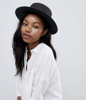 BRAND NEW! South Beach Black Straw Boater Hat for Sale in Atlanta, GA