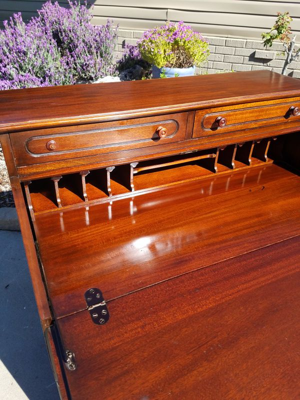 Exceptional solid MAHOGANY drop down desk by Davis Cabinet Co. LILLIAN  RUSSELL line. for Sale in Modesto, CA - OfferUp