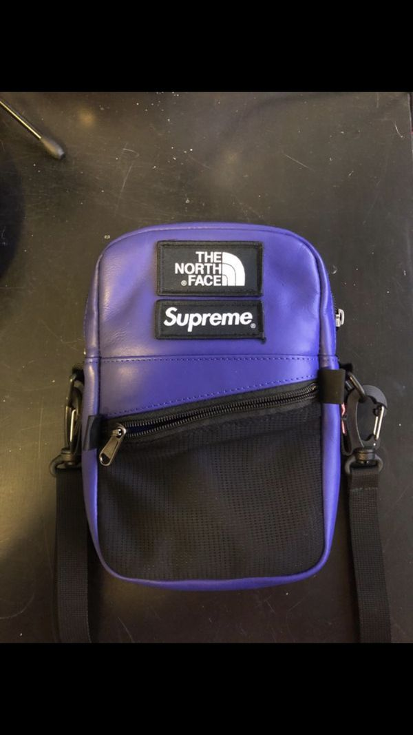 a6778d104857bb New and Used Supreme bag for Sale in Cary